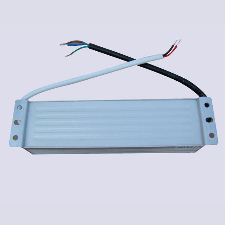 恒压防水电源 12v60W 防水LED电源12V5AIP67防水电源   LVP-60-12