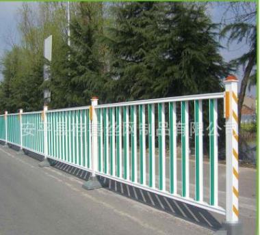 厂家锌钢道路护栏现货批发市政交通护栏人行道护栏道路中央隔离栏